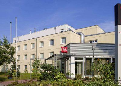 Ibis Hotel Berlin Dreilinden Aussenansicht